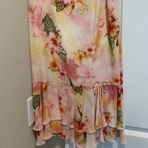 Escada floral midi skirt.  100% silk.